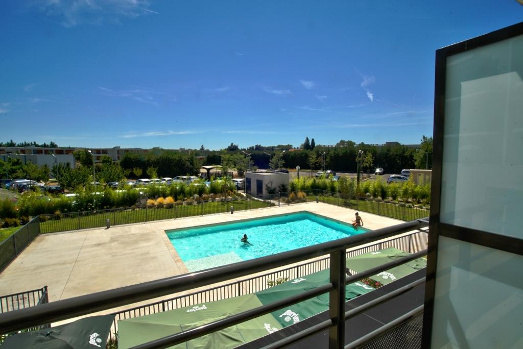 Kosy Appart Hotêl - Avignon Campus Del Sol Esplanade - Résidence Campus Del Sol à Avignon  – Piscine